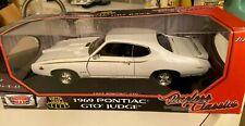 1:18 TIMELESS CLASSICS 1969 PONTIAC GTO JUDGE RARE WHITE NIB BY MOTOR MAX