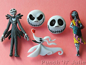 NIGHTMARE BEFORE CHRISTMAS Disney Craft Buttons Halloween Jack Sally Dress It Up