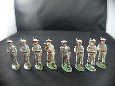 Quiralu Lot de 8 soldats marins fusil musique  au défilé métal ancien