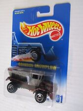 Hot Wheels 1:64 Oshkosh Snowplow  #201
