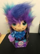 Flipzee Girls Trolls Winter Wonder Flip and Cuddly 2-in-1 Plush Doll