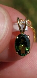 Green Tourmaline Oval Cut Pendant 14kt Solid Yellow Gold