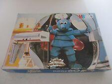 PUZZLE MB 60 - LE VILLAGE DANS LES NUAGES - Complet MB 1982