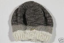 New Guess Ladies Cap Beanie Hat Baker's Boy Cap Knit Beanie Hat Size M (39)