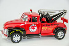 1953 Chevy Wrecker Tow Truck Diecast Scale 1/24 by JADA Toys HWY 66