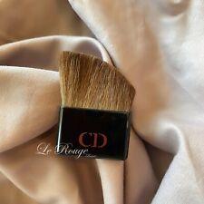 Christian Dior mini blush contour brush  (came from diorblush)