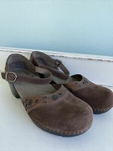 Dansko Womens Mary Jane Leather Suede Clogs Shoes Brown Buckle Sz EU 40 EUC