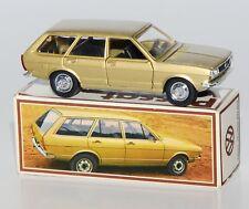 Schuco Nr. 301619, Scale 1:43 - VW Passat Variant gold in VW-Werbeverpackung