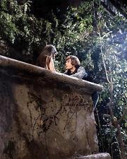 Olivia Hussey Leonard Whiting Romeo And Juliet Balcony Scene 11x17 Mini Poster