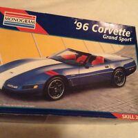 MONOGRAM '96 Corvette Grand Sport MODEL CAR KIT #2452 1:24 Skill 2 Sealed parts
