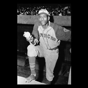 Satchel Paige PHOTO Kansas City Monarchs Team Star Negro League Baseball