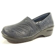 Easy Works Women's Lyndee Slip On Navy Tool Size 8 M By: Easy Street