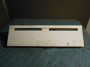 """Vintage American Radiator (A.R. & S.S.) 2' x 7"""" midspand cast iron baseboard"""