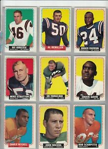 Lot of 35 Different 1964 Topps Football Cards High Grade incl. SP's