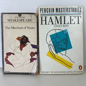 2 Lot Shakespeare Books - The Merchant of Venice & Hamlet Paperback Books