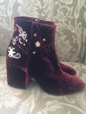 Ash Wine Velvet Gold Star Embroidery Ankle Boot 39