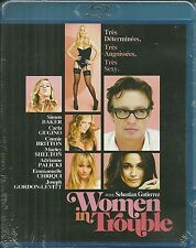 RARE/ BLU RAY - WOMEN IN TROUBLE avec SIMON BAKER / COMEDIE SEXY / NEUF EMBALLE