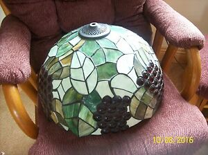 Stained Glass Red Grape & Leaf Design Large Tiffany Style Vintage Globe