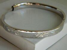 Carl Art Steling Silver Etched Floral Design Hinge Bracelet