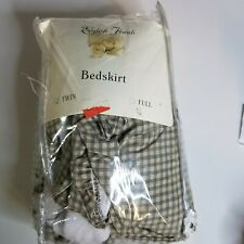 Vintage Chekered twin bed skirt