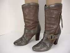 STEVE MADDEN HARTHROB 2 TONE LEATHER PULL ON BELOW CALF BOOTS WOMEN'S 8