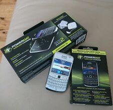 BlackBerry Bold 9780 - White (Unlocked) Smartphone & wireless Stand