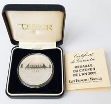 Médaille en argent Du Citoyen de l'An 2000.(AV474)