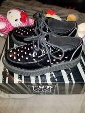 womens size 5 (size 3 men) TUK perforated heart low sole platform creepers NEW