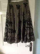 Ladies Stunning skirt From planet size 8