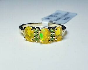 Charming 9k Yellow Gold Ethiopian Opal &Chrome Diopside Ring Sz 7/Anillo de Oro