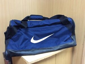 NIKE HOLDALL IN BLACK & BLUE W58cm x H26cm x D24cm *USED BUT GOOD CONDITION*