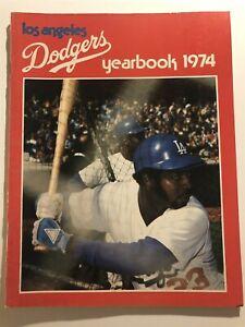 1974 LOS ANGELES DODGERS Yearbook JIM WYNN Steve GARVEY Davey LOPES Bill RUSSELL