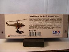 HUEY UH1C GUNSHIP 1ST CAVALRY DIVISION DARON 1:87 SCALE DIECAST DISPLAY MODEL