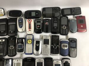 Mixed Lot 52 Cellphones Samsung Nokia LG & More Most Work Or For Parts