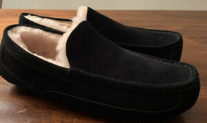 UGG ASCOT 1101110 MEN'S SLIPPERS BLACK BRAND NEW SIZE 10, WATER-RESISTANT