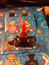 (MA10) LEGO SERIE 17 BATTAGLIA Nano minifigura