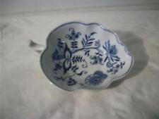 - Blue Onion - Leaf Shaped Ceramic Candy Dish