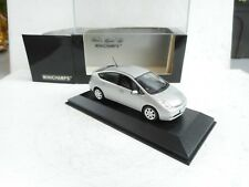 1/43 Minichamps Toyota Prius (2004)  Silver  metallic Diecast NEW OVP