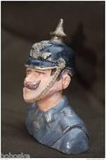 Buste  résine et roche de sélénite d'un soldat Prussien (Hauteur:11 cm)