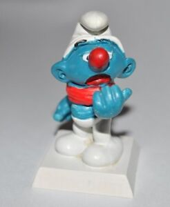 VINTAGE SMURF - RARE PROMOTIONAL PARACODIN SMURF WITH RED SCARF AND STAND