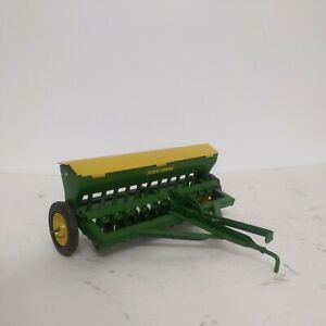 1/16 Eska Farm Toy John Deere Grain Drill Yellow lid Repaint