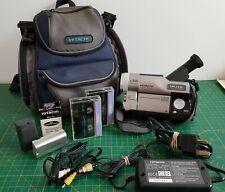 Rétro Vintage HITACHI VM-E578LE caméscope 8 mm analogique vidéo - 8 bande Entièrement testé