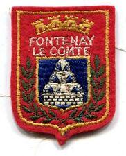 ECUSSON A COUDRE FONTENAY LE COMTE 85 VENDEE PAYS DE LOIRE 6.5X5 CM