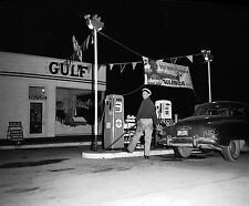 VINTAGE  GULF GULFPRIDE GAS SERVICE STATION ATTENDANT CANS PUMPS SIGN