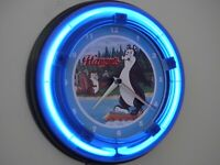 Hamm's Bear Beer Bar Tavern Advertising Man Cave Neon Wall Clock Sign