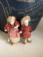 2 kleine Original antike Porzellanpüppchen 8 cm Folklore Puppen Originalkleidung