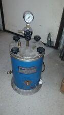 USED WAX INJECTOR  4 QT  W/HAND PUMP PRESSURE MACHINE 110V JEWELRY CASTING