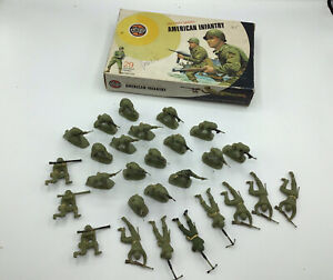 """""""AIRFIX MILITARY SERIES AMERICAN INFANTRY"""" 27 x 1/32 SCALE FIGURES & BOX"""