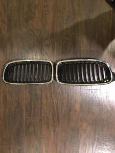2012 2013 2014 2015 BMW F30 328i Original BMW Front Kidney Grilles Both Sides.