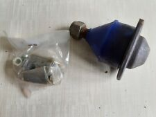 Renault 16 1965 on Unipart lower ball joint new old stock